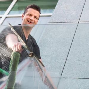 czyszczenie okna myjką